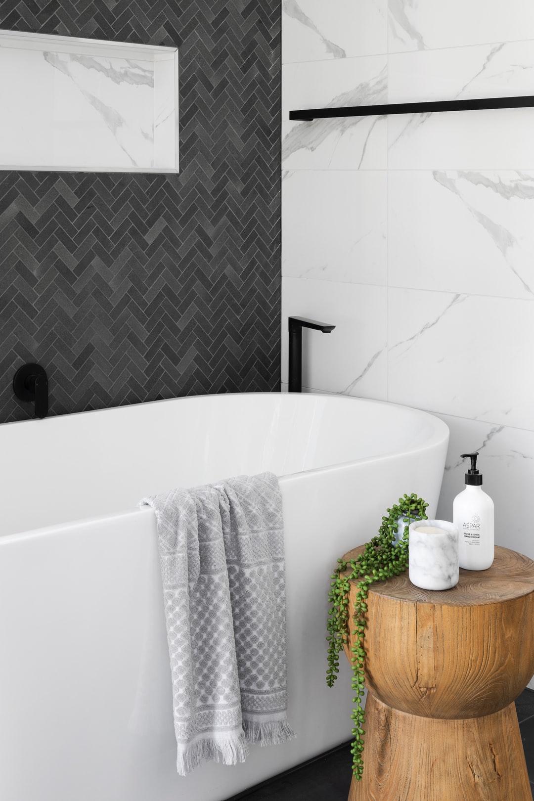 spokane bathtub replacement company
