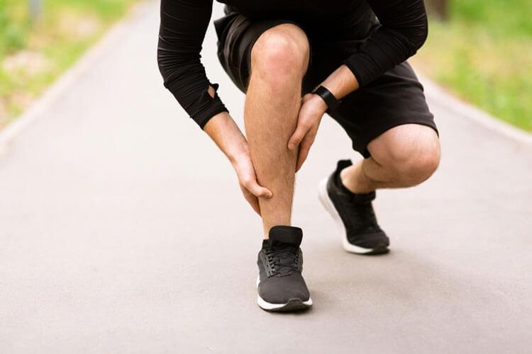 To treat your leg and arm pain through chiropractic, we start by discovering the cause of your symptoms first.